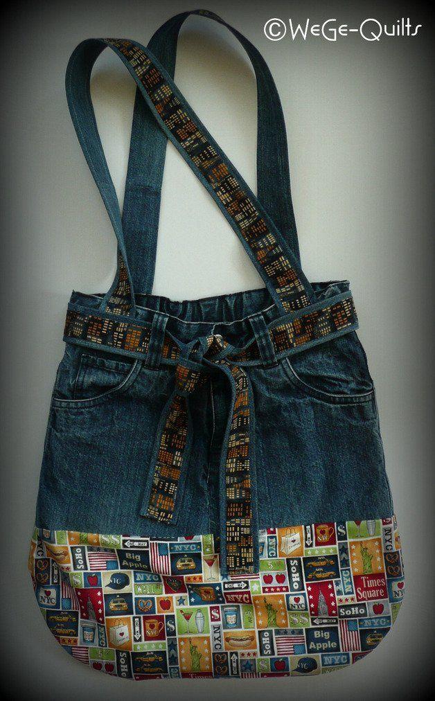 Photo of Tasche aus alten Jeans genäht und mit neuem Stoff kombiniert. Oberer Teil…