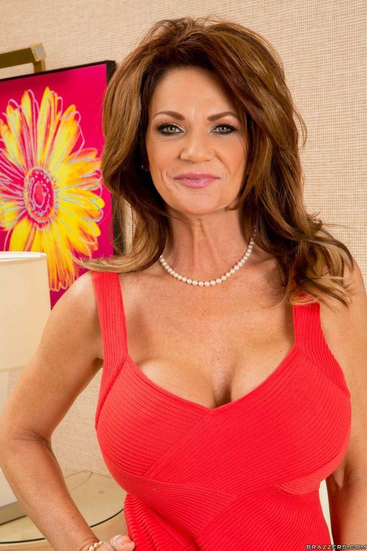 Pin by angela annabella on milfs matures and gorgeous ladies bigger breast baditri Choice Image