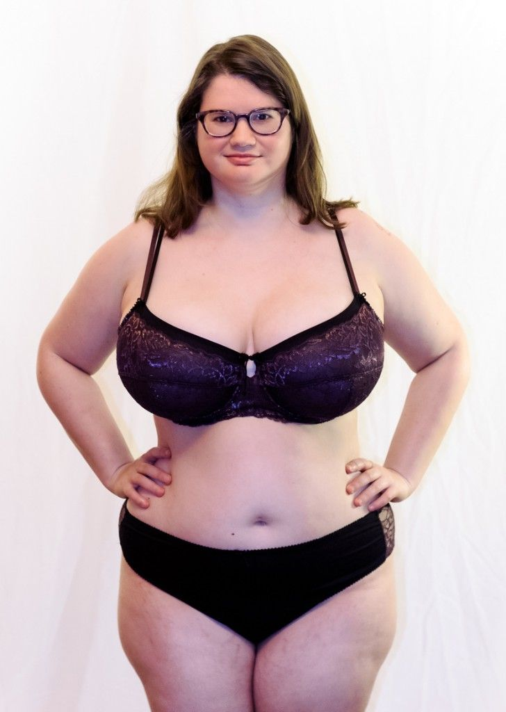 936065dc7f Addition Elle Review  Ashley Graham Unpadded Lace Bra and Satin ...