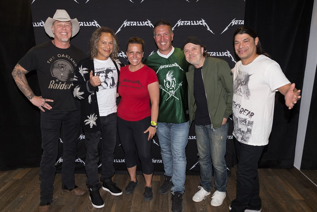 Last night someone proposed in the metallica hardwired experience last night someone proposed in the metallica hardwired experience meet and greet in budapest m4hsunfo Gallery