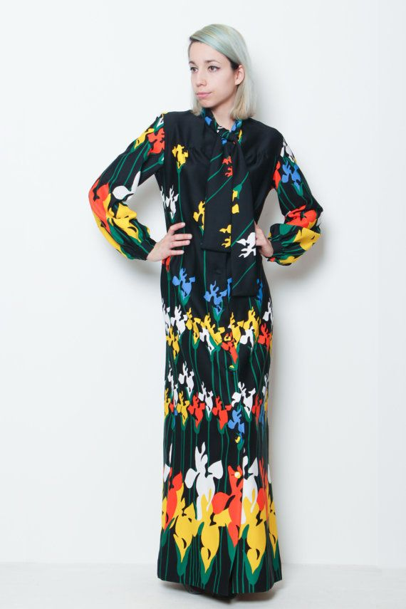 8d44f235e21d Lanvin Paris // 70s vintage // floral pattern maxi dress kimono on Etsy,  $187.69