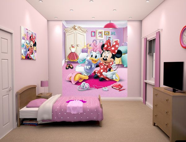 Cameretta Minnie ~ This pretty in pink digital mural featuring disneys most stylish