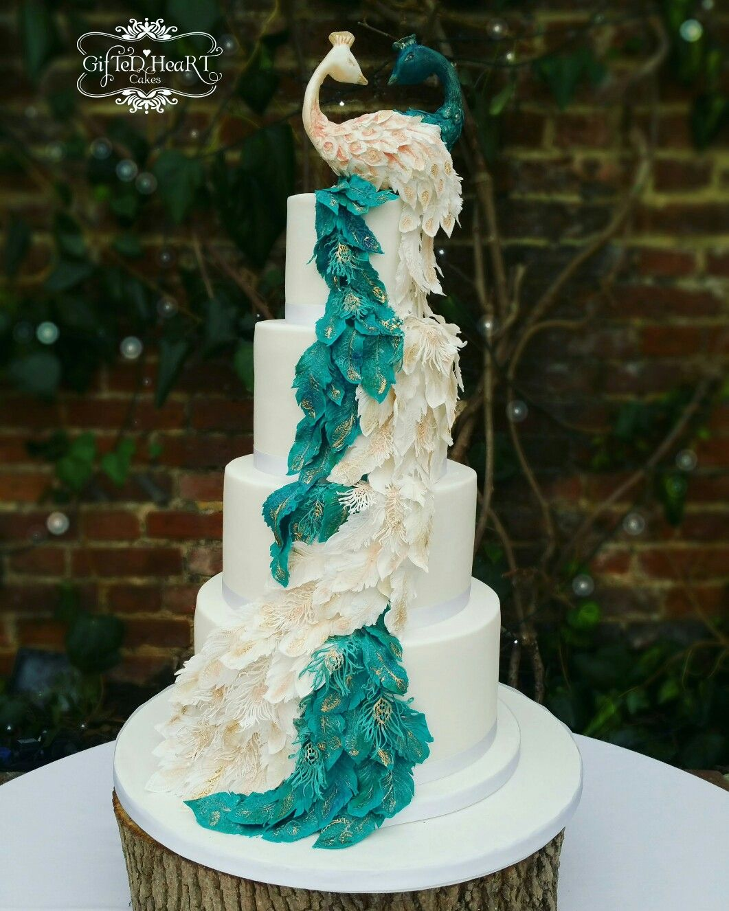 Peacock Feather Wedding Cake: Pin By Jenny Carter On Tiered Cakes In 2019