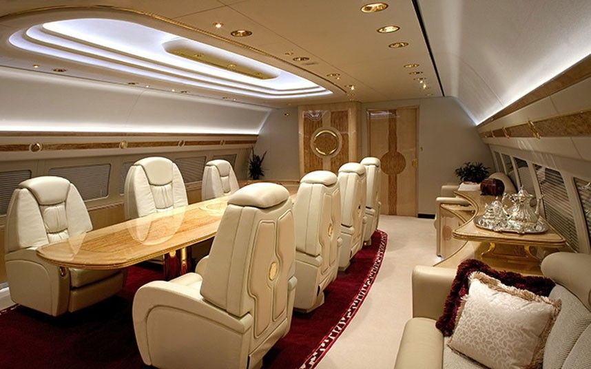 Interieurs de jets prives incroyables 5 int rieurs de jets for Interieur avion