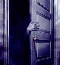 Creepy Door Opening Do you sleep with your closet doors