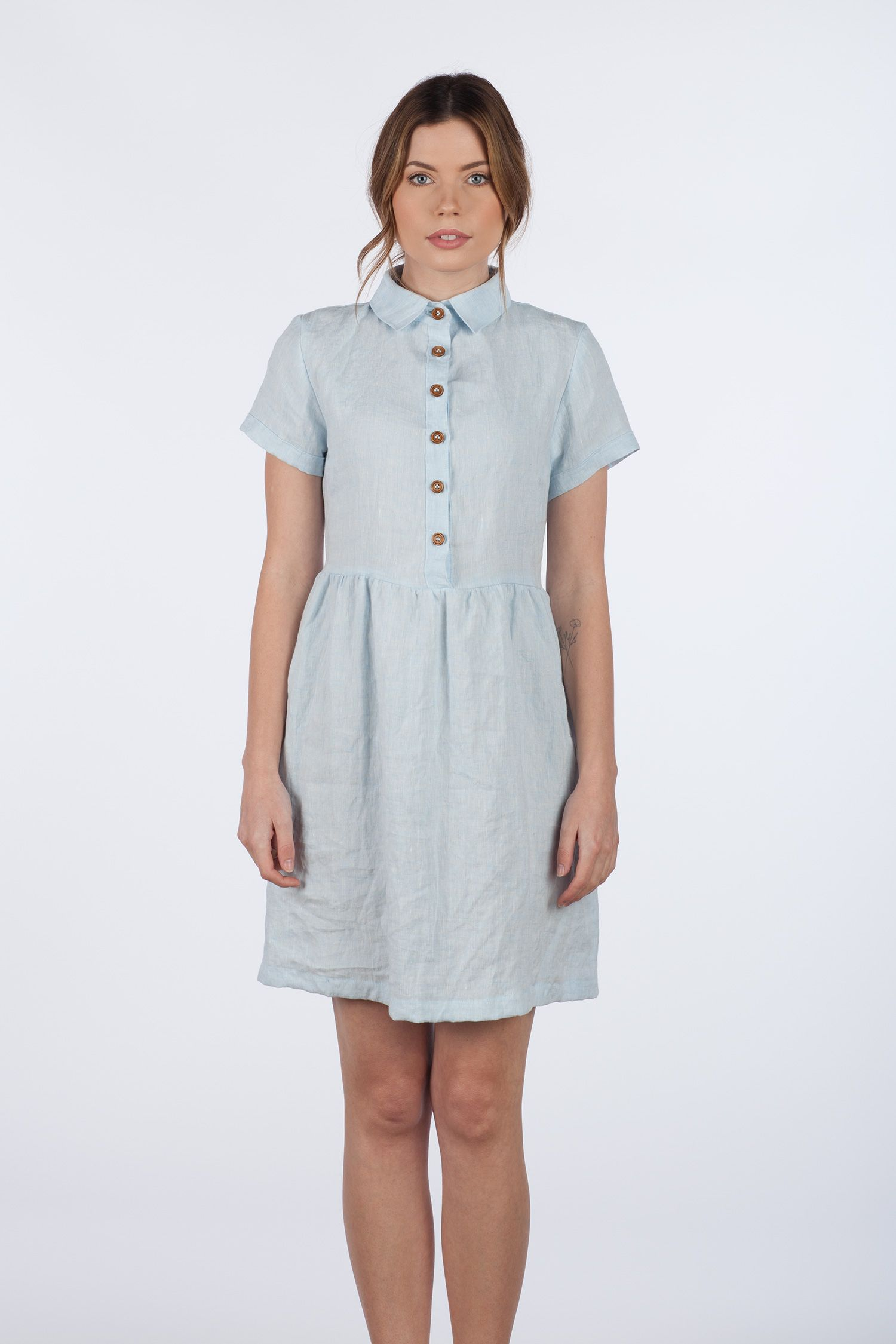 Model no powder blue linen collared button up short sleeve