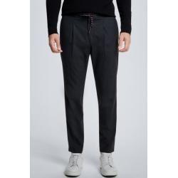 Photo of Pantaloni a pieghe per uomo