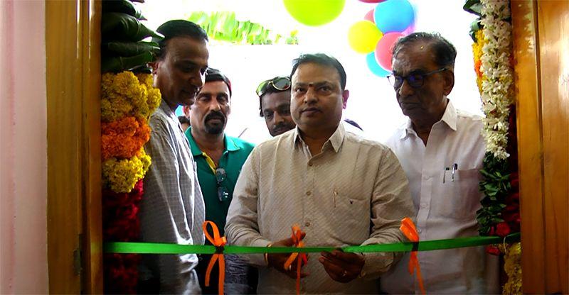 Ishari K Ganesh Inaugurate PC Studio At Saligramam Chennai