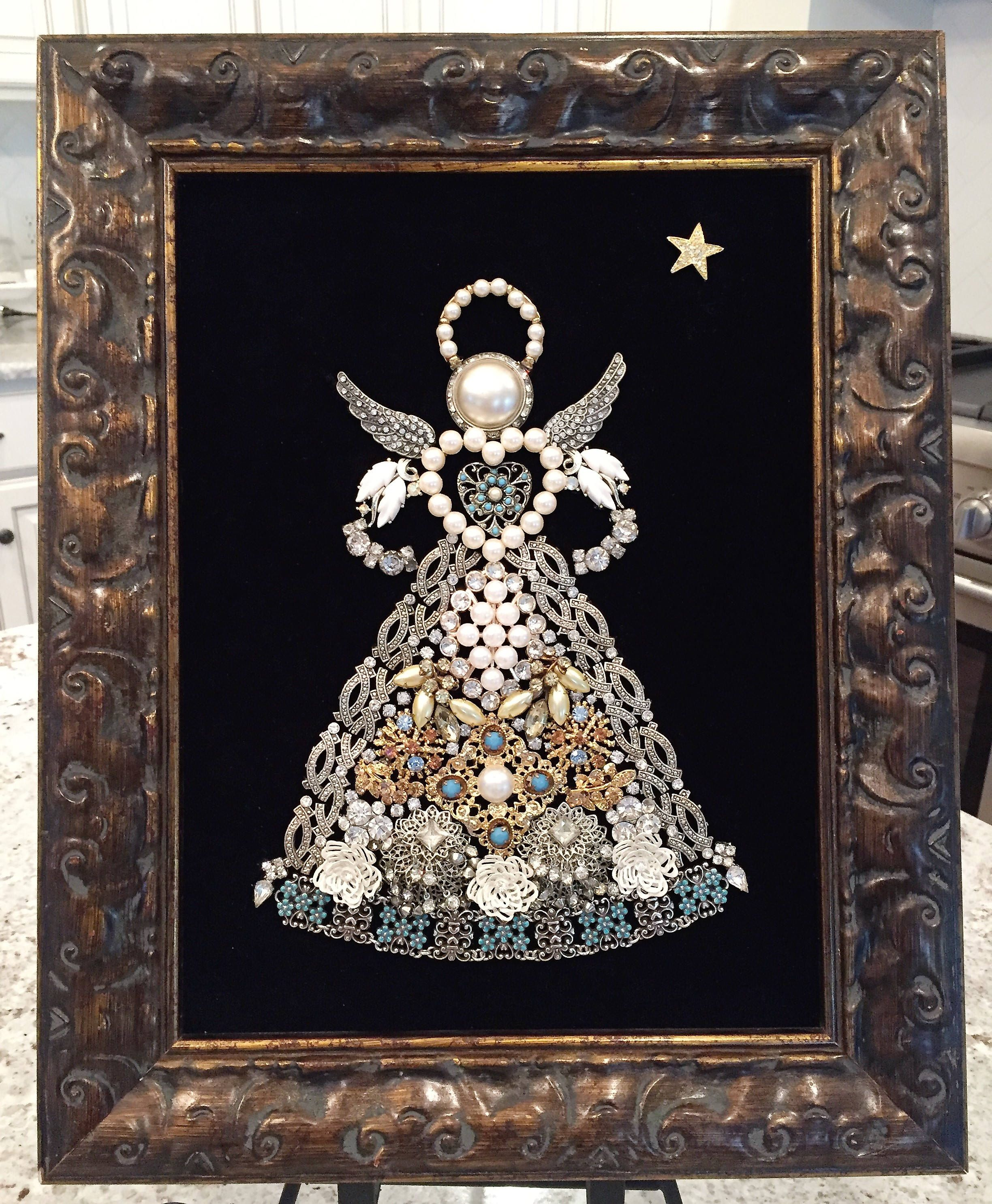 Costume Vintage Jewelry Framed Art Of An Angel Jewelry Frames Vintage Jewelry Crafts Vintage Jewelry Ideas