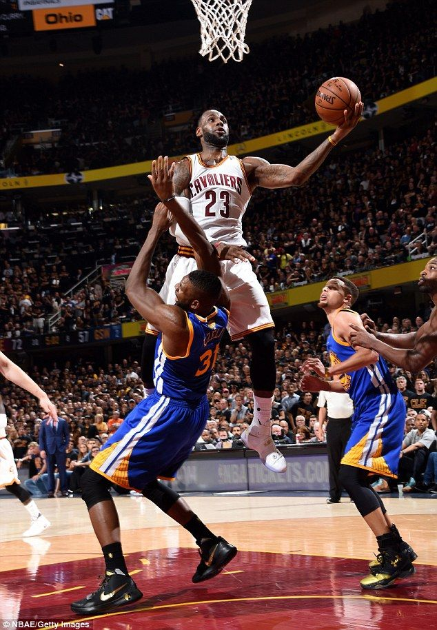 56f46be4cfd Witness greatness  LeBron James led the Cleveland Cavaliers to a 115-101  victory with a very impressive stat line of 41 points