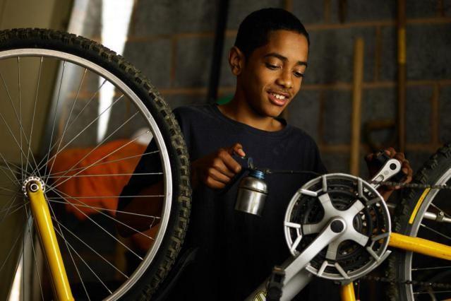 How To Lubricate Your Bicycle Bike Repair Bicycle Bike