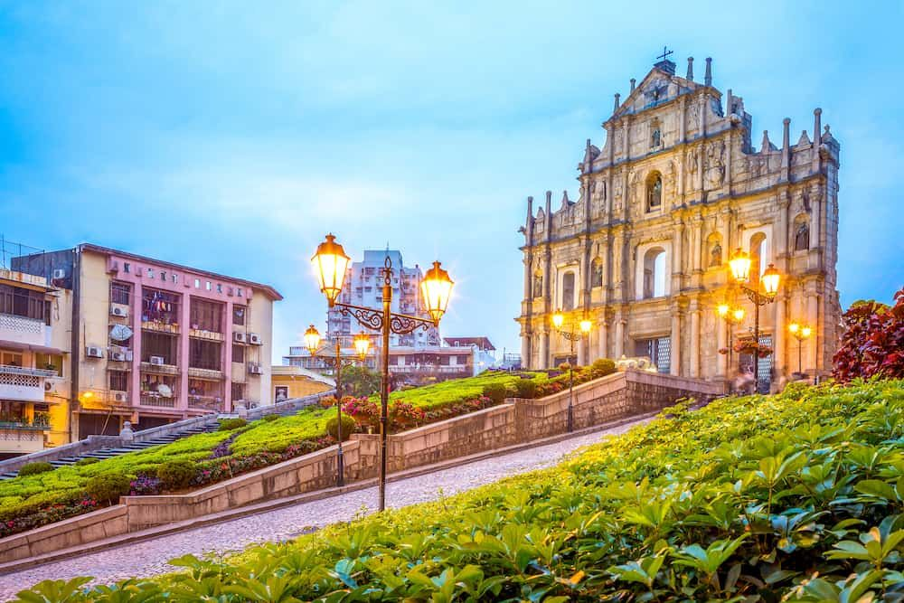 Ruins of St. Paul's at night | The Ultimate Guide to Macau| Macau travel tips | Macau Travel guide | Macau travel | Macau Guide | Macau fun things to do | Macau Bucket List | Macau | Macau Travel Guide Things to Do | Macau Things to Do in | Macau Weekend Guide | Tourist Attractions Macau | Macau Attractions #Macau #Macautravel #Macautravelguide #Macauthingstodo #exploreMacau #visitMacau