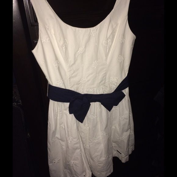 "Selling this ""Mini Dress"" in my Poshmark closet! My username is: mrobles07. #shopmycloset #poshmark #fashion #shopping #style #forsale #Abercrombie & Fitch #Dresses & Skirts"