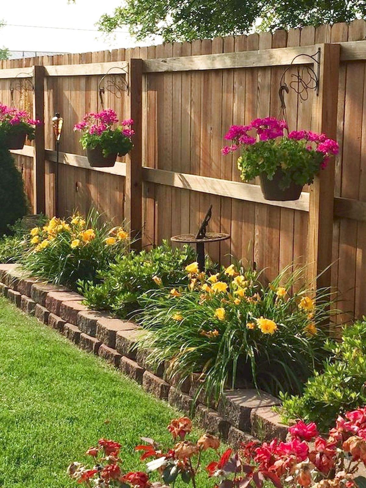 ✔37 Unique Garden Fence Decoration Ideas