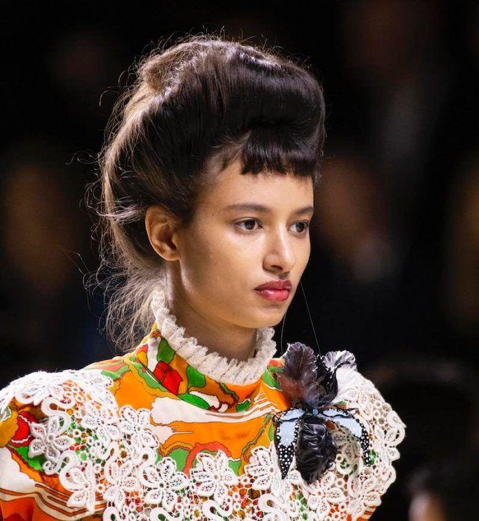 Acconciature capelli 2020: le idee glam per capelli lunghi ...