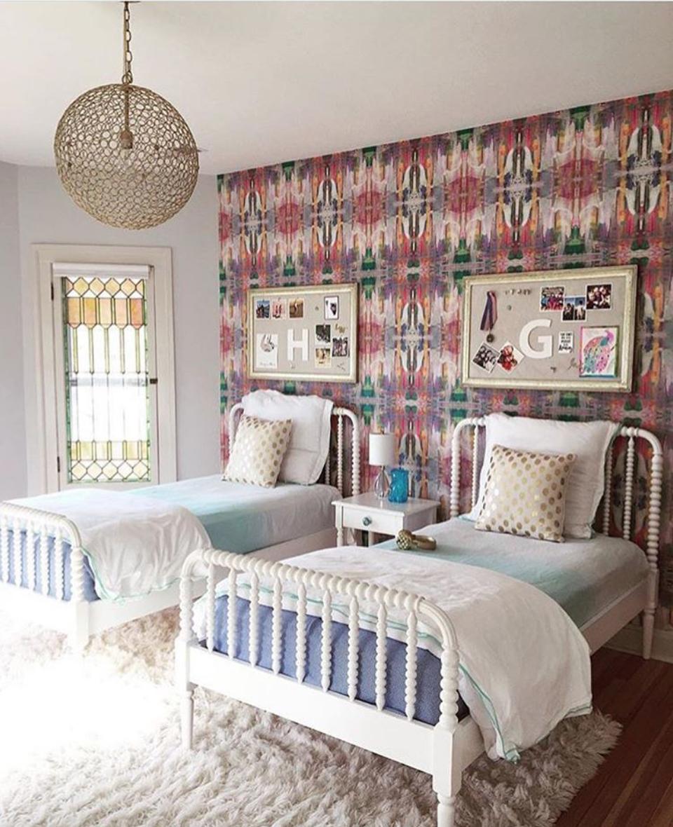 BRADLEY Lindsay Cowles Wallpaper 810 Pink Interior