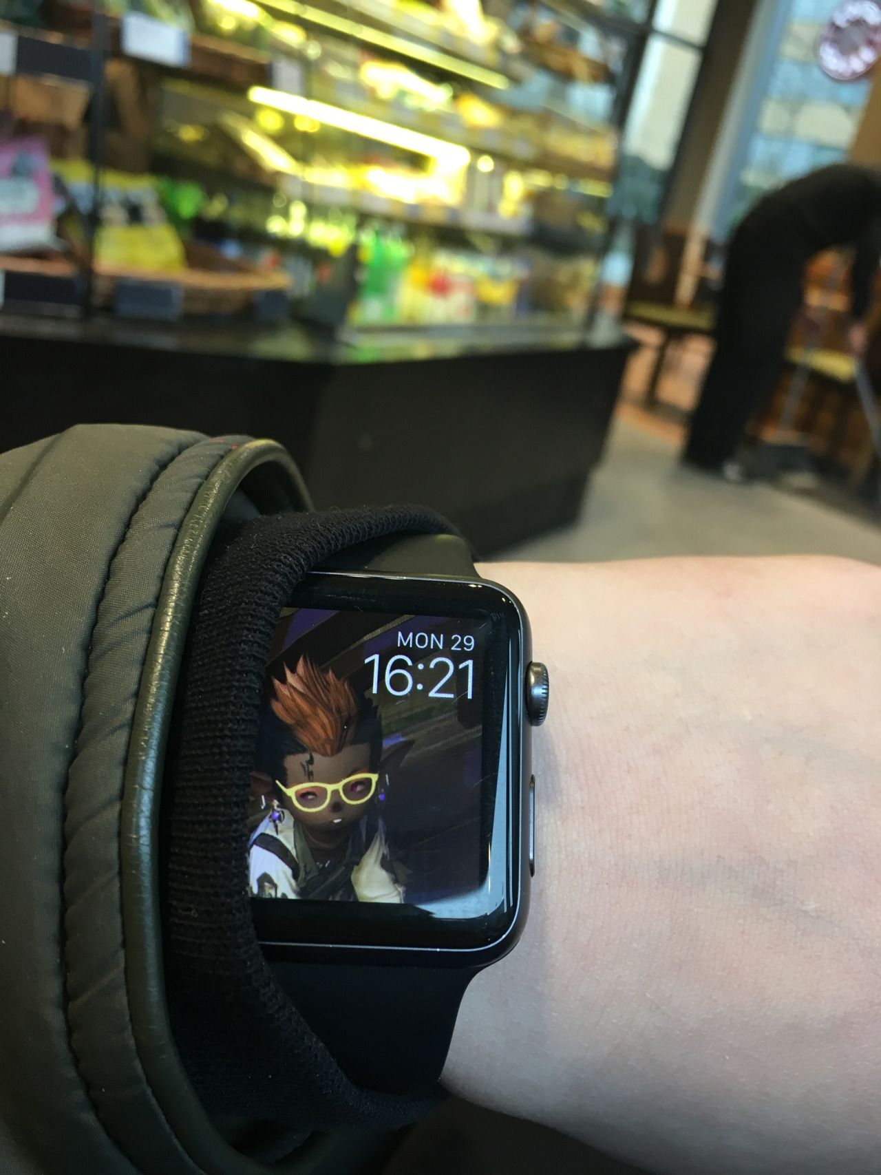 As much as this was suppose to look like a joke it makes a really good watch face eh? @askremquick