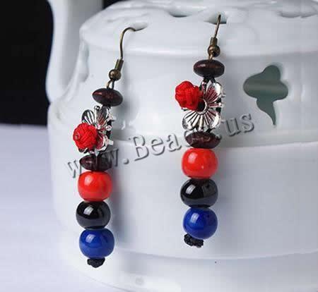 Porcelana Pendientes http://www.beads.us/es/producto/Porcelana-Pendientes-con-Colgantes_p137207.html