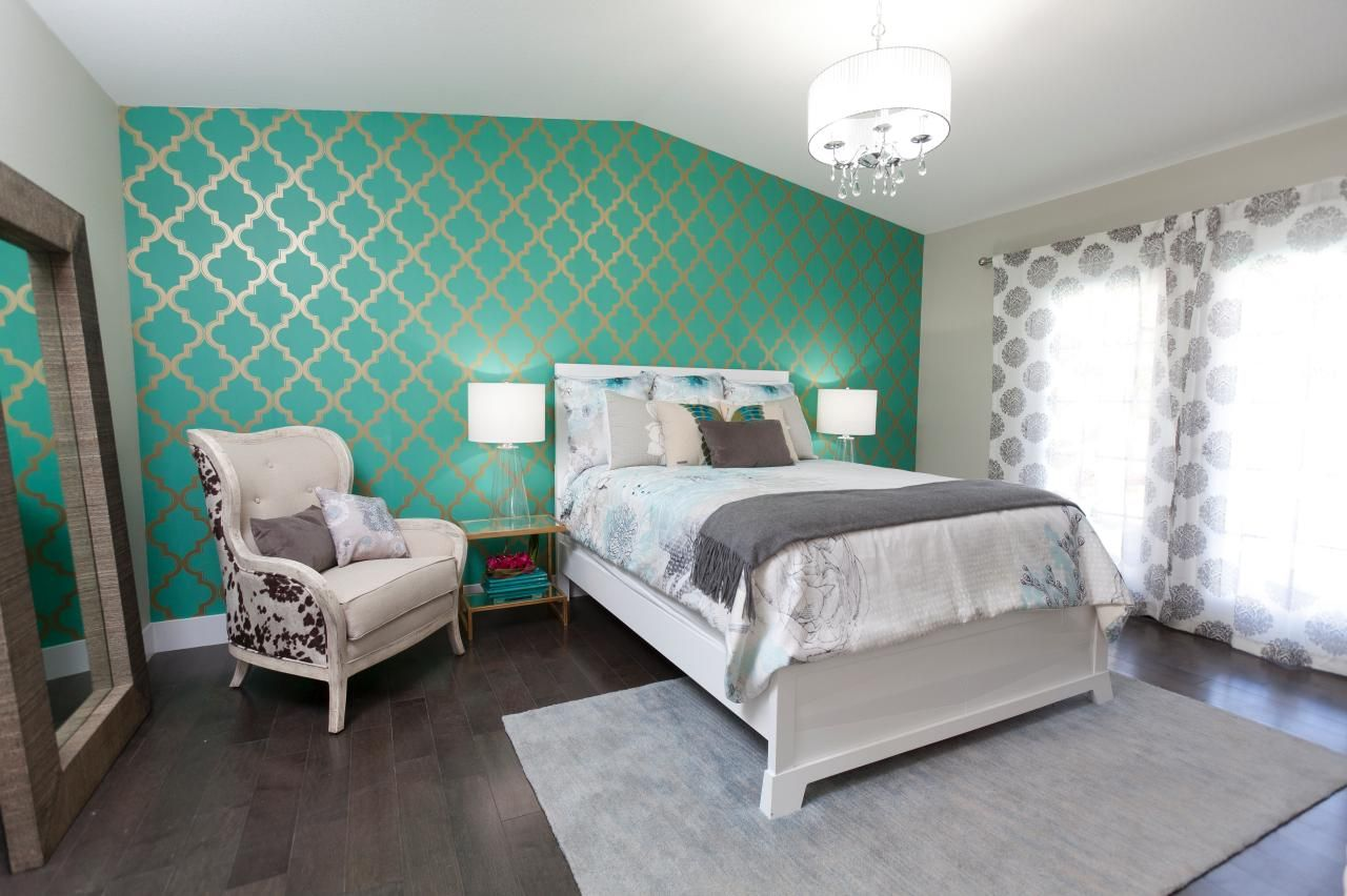 Brother Vs Brother Tour Drew Scott S Home Makeover Bedroom Comforter Sets Home Beautiful Bedrooms