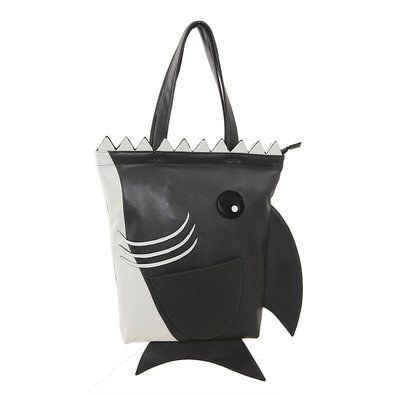9eb9fbd7d9c2 32 Impossibly Adorable Purses Shaped Like Animals | Buy Me That ...