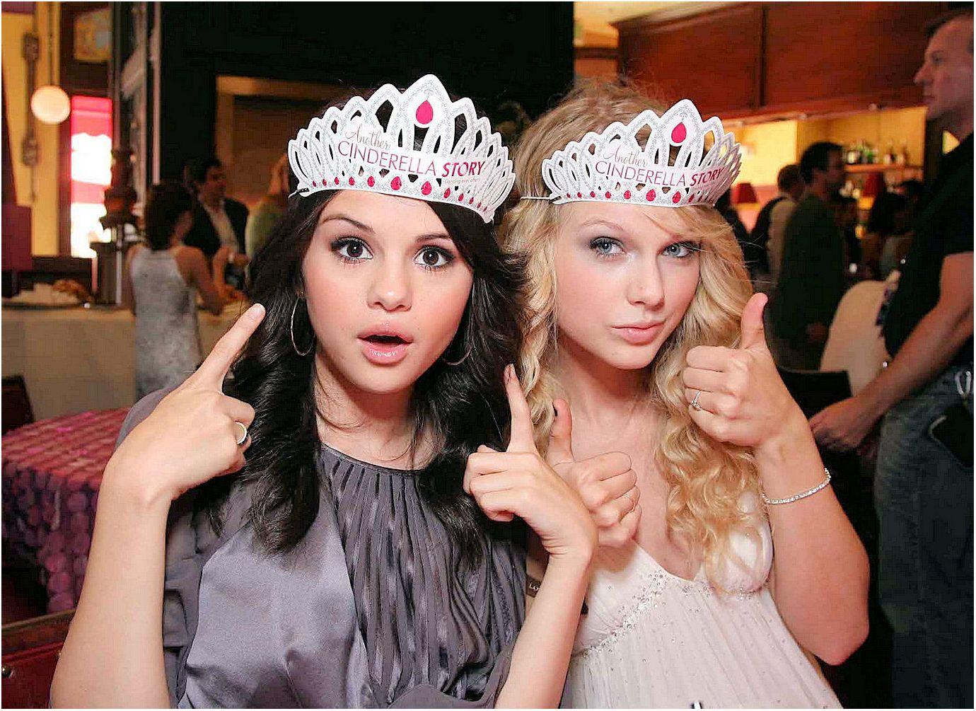 Taylor Swift & Selena Gomez   Selena and taylor, Selena ...