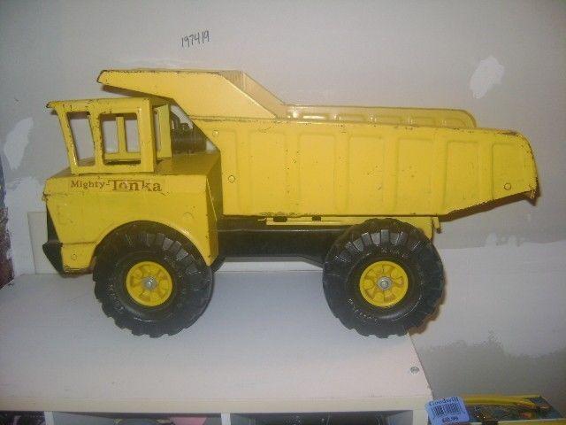Tonka Construction Toys For Boys : Tonka toys mighty tonka dump truck vintage construction toy tonka