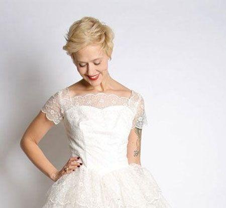Pin By Alix Thompson On Inspiration Short Wedding Hair Cute