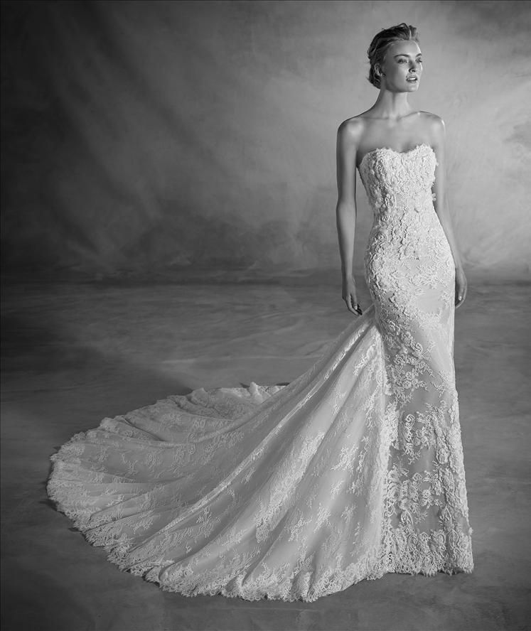 bb540abaa47 Atelier Pronovias Wedding Dress Nilsa