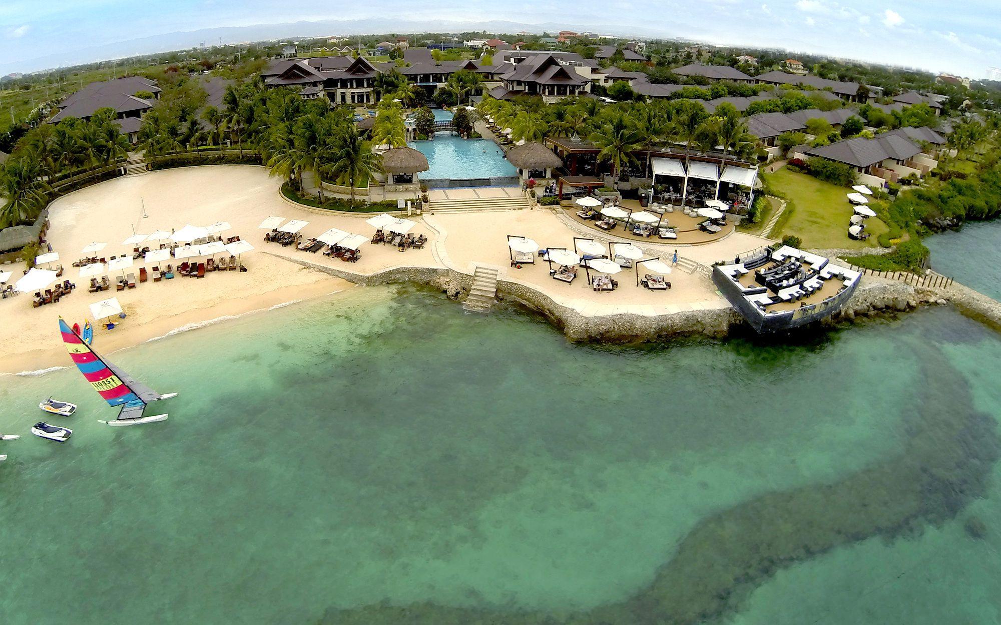 Crimson Mactan Cebu Crimson Hotels And Resorts 5 Star Hotel In Manila Luxury Beach Resorts Hotels And Resorts Mactan