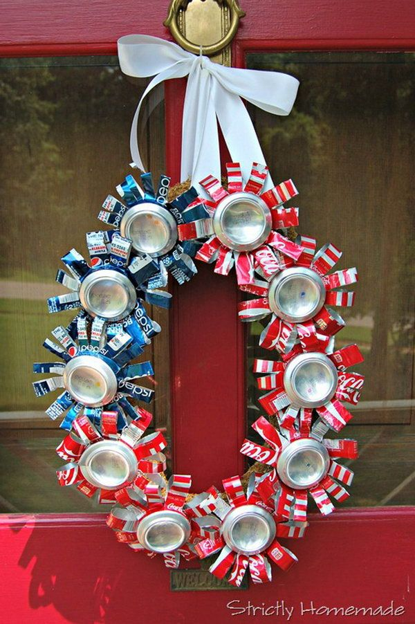 Diy patriotic wreath ideas for 4th of july or memorial day for Recycled decoration crafts