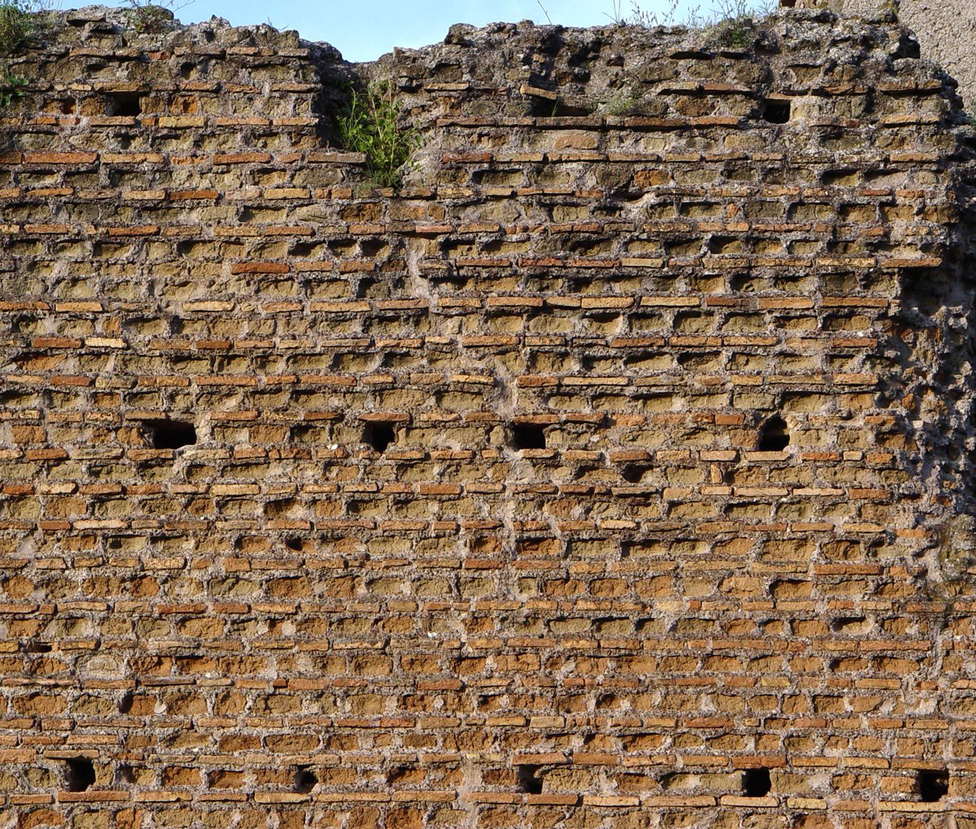 opus listatum-opera listata - quadriportico del Mausoleo di Romolo