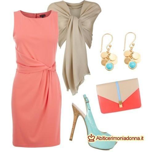 timeless design e451e 3eaf5 Abito color corallo: consigli su come abbinarlo | Outfit nel ...