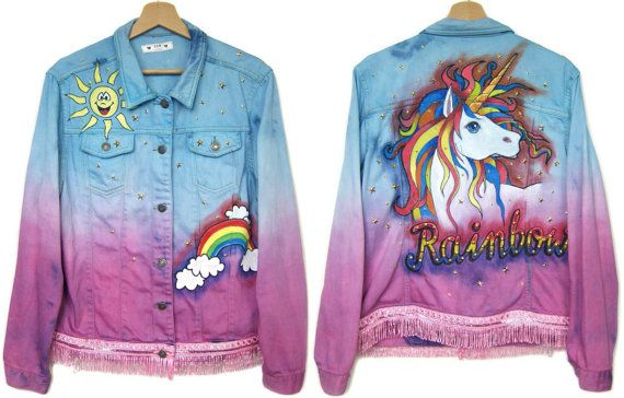 ♥♥DESCRIPTION♥♥ *Handmade denim jacket. The only one copy!.  *100% real photos.  - hand-dyed, ombre - purple and blue - hand painted, on the back rainbow unicorn, in front rainbow and sun - two pockets - bottom finished fringed - only one copy!  *The model is 5,7 (174 cm), measures 35-27-38 (90-69-96 cm) and wears size M  ♥♥DIMENSIONS/MEASUREMENTS♥♥ best fits: M-L Chest: 44 inches (112 cm) length: 24,5 inches (62 cm) sleeve length from armpit: 17,5 inches (44 cm)  ♥♥MATERIALS♥♥: jeans…