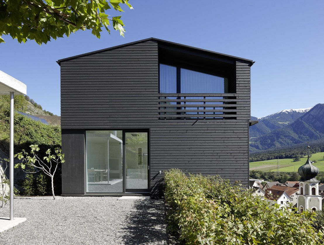 Dunkle Schale, heller Kern | Single family, Arch and Architecture