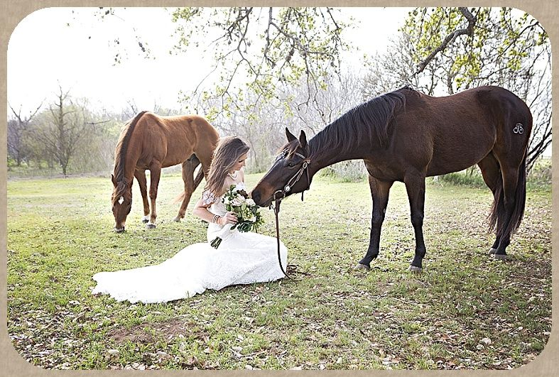 Bride with Horses www.chandasphotography.com