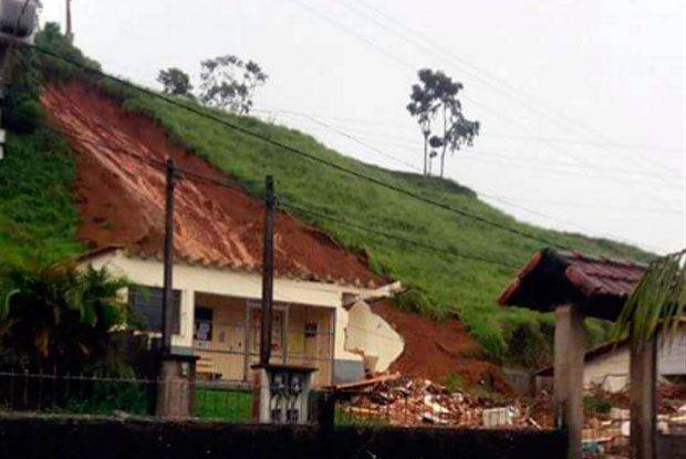 """BLOG ÁLVARO NEVES """"O ETERNO APRENDIZ"""" : NOSSOS IRMÃOS DA REGIÃO SERRANA DO RIO SOFRE COM D..."""
