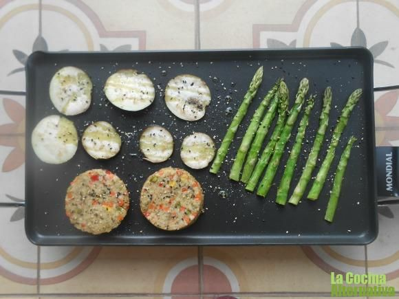 http://www.lacocinaalternativa.com/2014/02/28/cocinando-la-plancha/