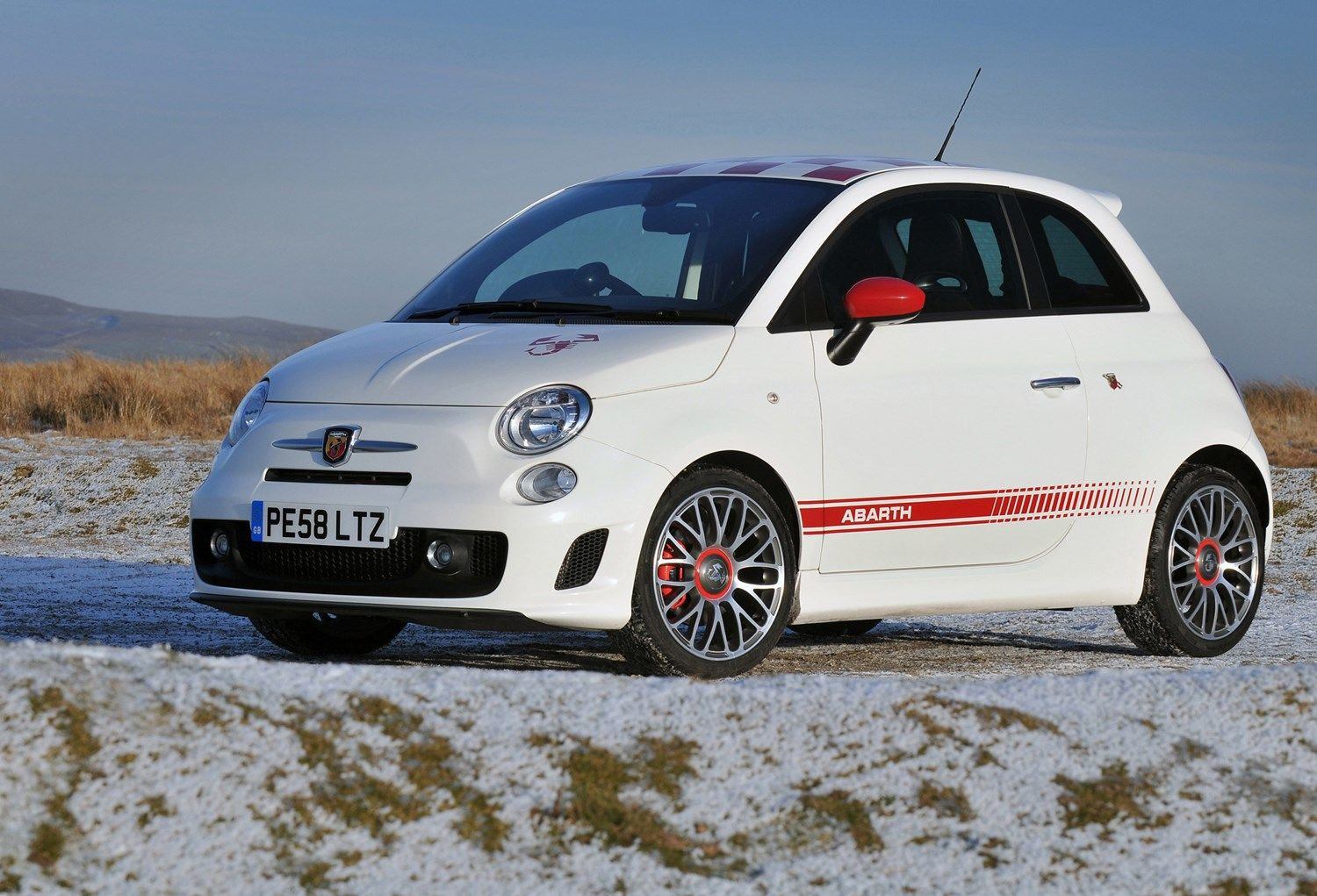 Abarth 500 Hatchback Review 2009 2015 Parkers Fiat 500