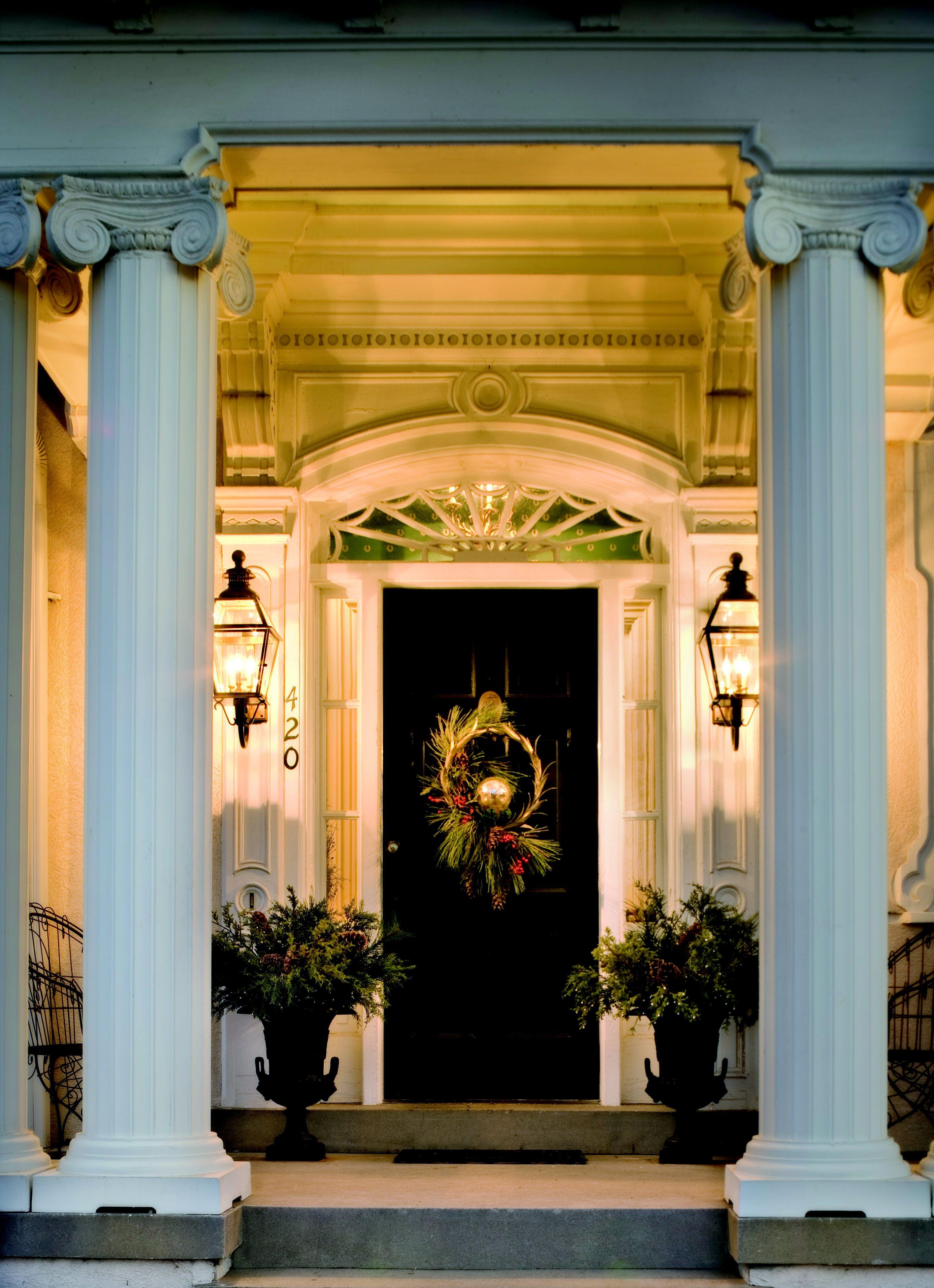 Doors Design: Magnificent Front Door, Lighting & Urns.