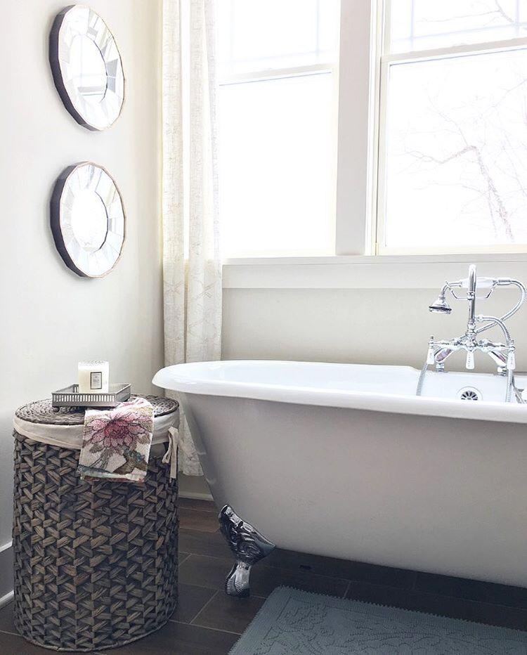 Modern Farmhouse Bathroom With Clawfoot Tub See This Instagram Photo B Modern Farmhouse Bathroom Farmhouse Master Bathroom Modern Farmhouse Style Living Room