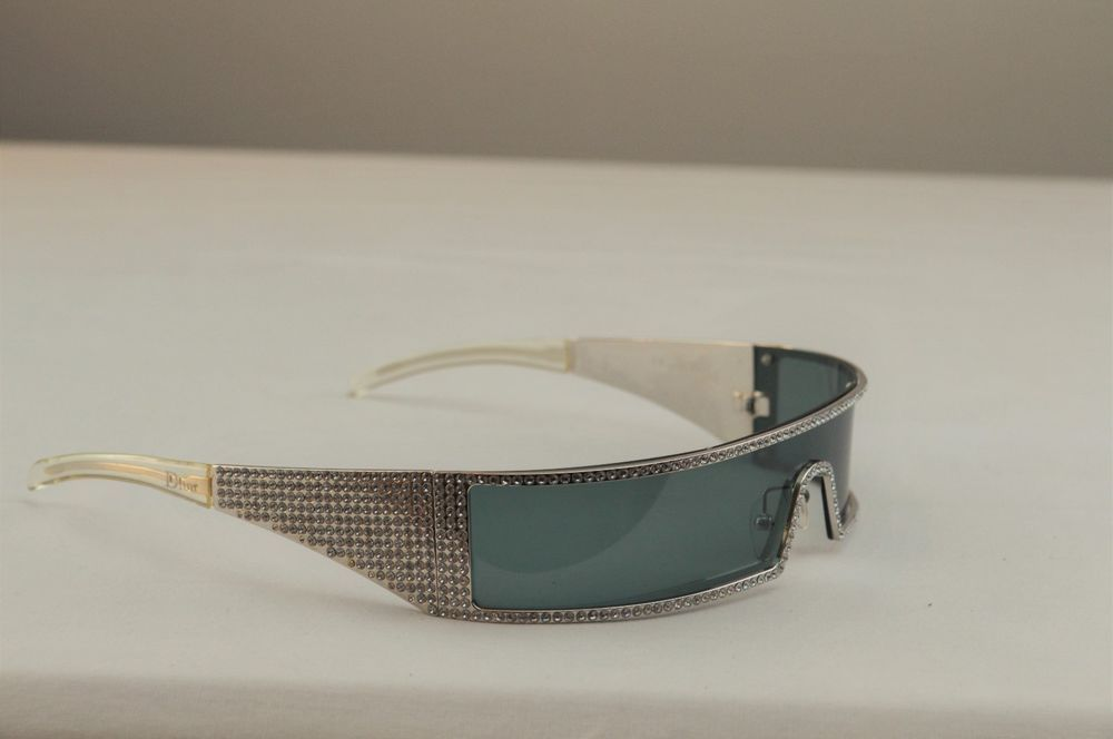 53e07b4588f988 Christian Dior Punk/S Swarovski Crystal Shield Sunglasses 1923 110 9F8VU  Punk #ChristianDior #Shield