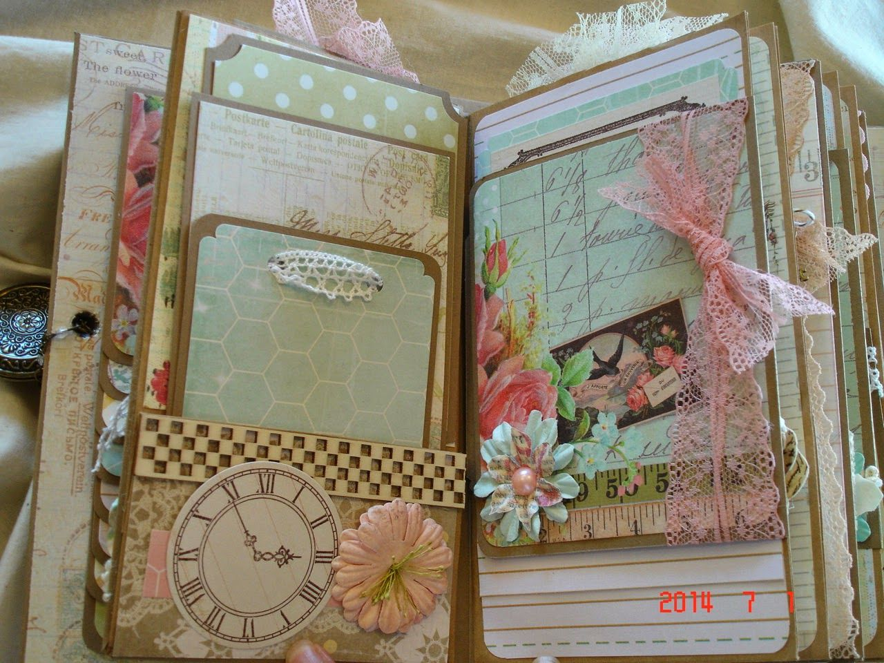 scrapbooking by phyllis premade scrapbook mini album memories mini album masterpieces. Black Bedroom Furniture Sets. Home Design Ideas
