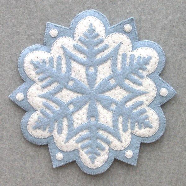 Fiocco di neve # 1: DesignAndBeMary.com