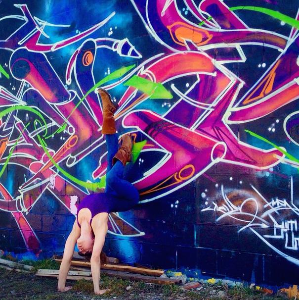 Resultado de imagem para yoga arte