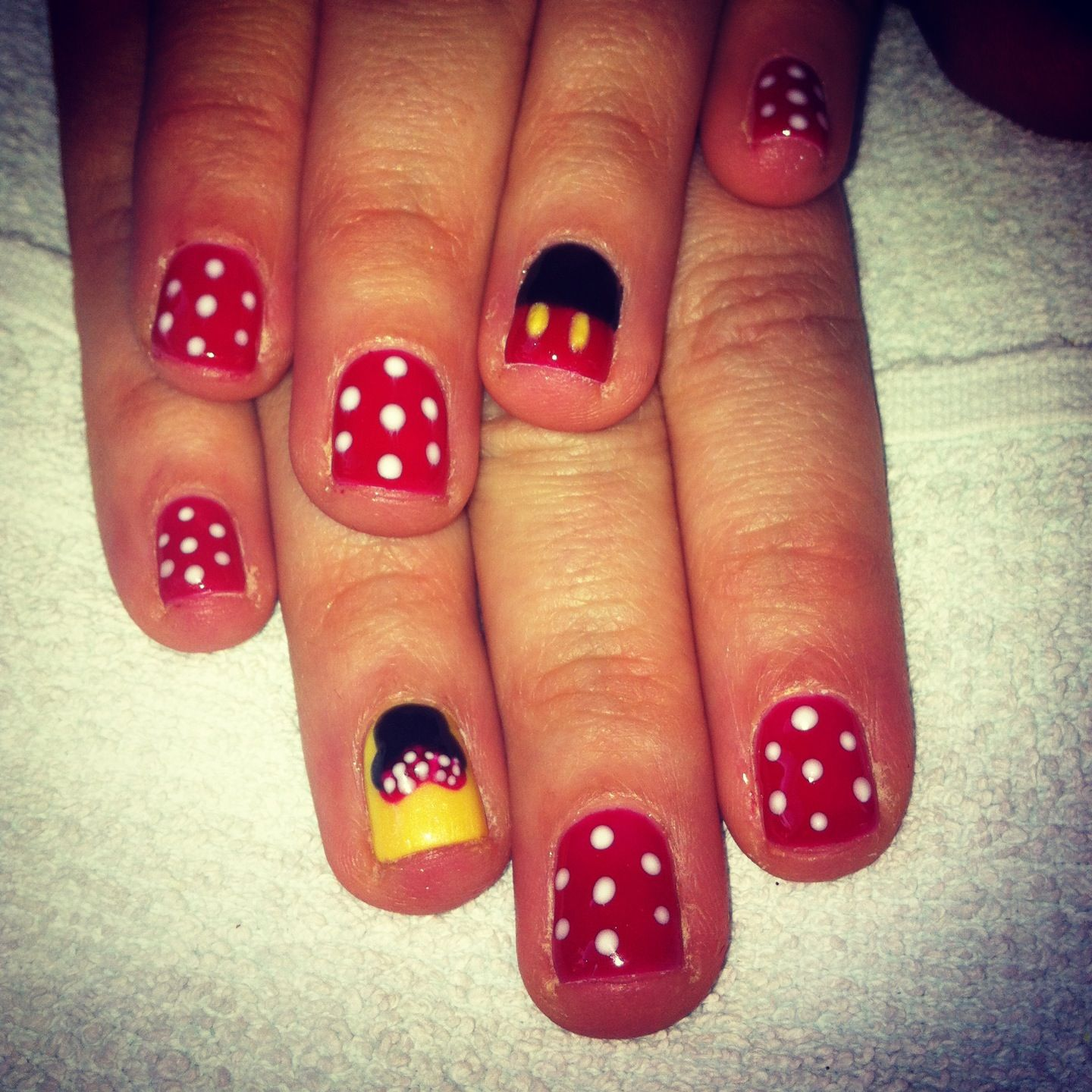 Disney nails!! Bio sculpture gel Minnie and mickey mouse nails ...