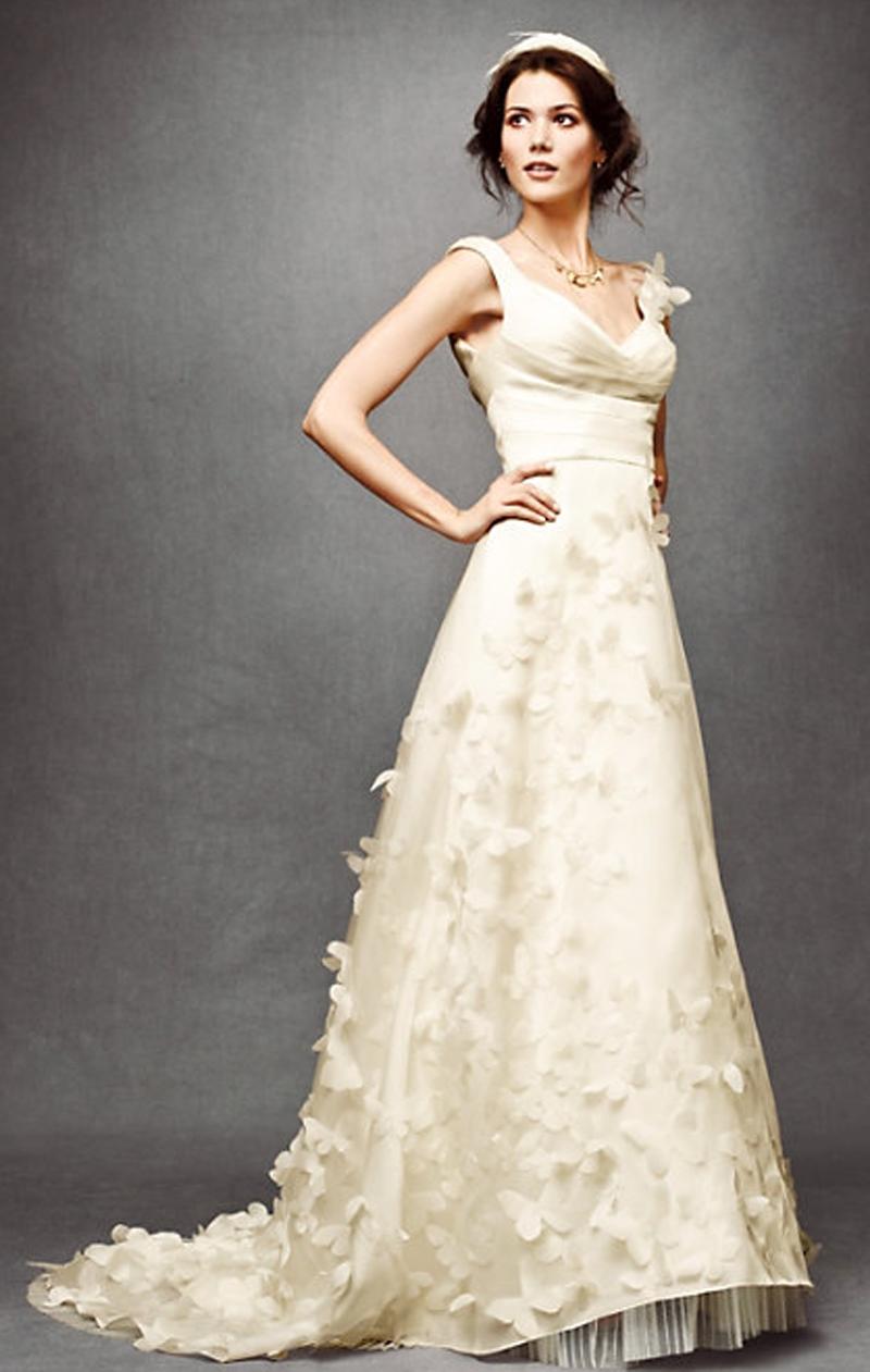 I hate pinning wedding gowns but it has butterflies eveningwear