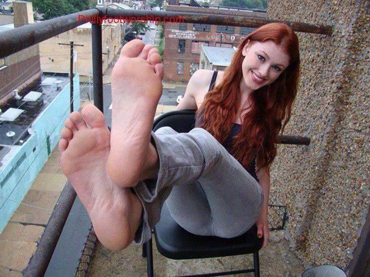 redhead soles Sexy feet