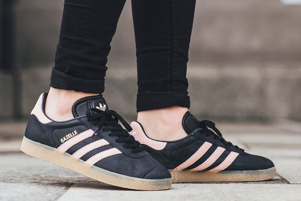 ADIDAS GAZELLE W – CORE BLACK VAPOUR PINK – GUM | shoes in