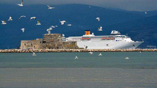 Crociera Grecia Antica e Meteore a bordo della nave Costa neoClassica • Travel Friend
