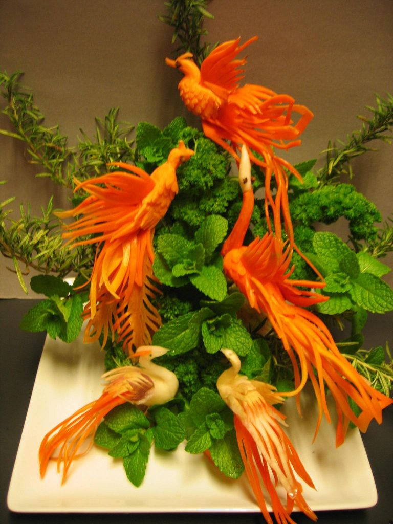 Fruits and vegetables carving designs - Vegetable Birds Carving